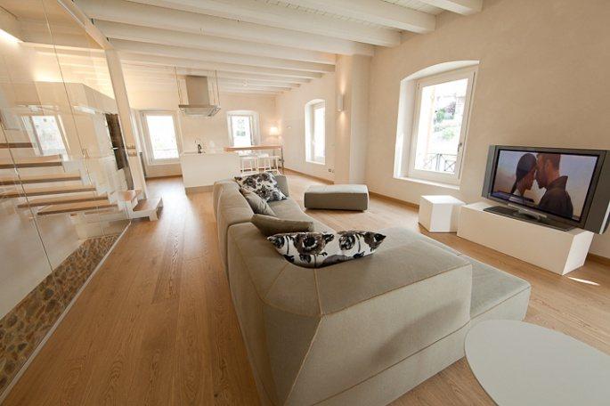 salotto legno verona