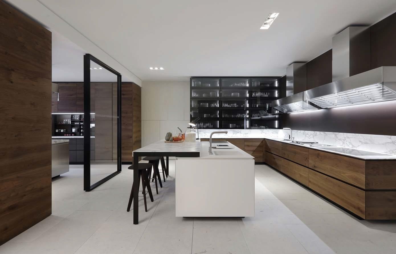 Book varenna kitchens ballarini interni ballarini interni - Poliform showroom ...