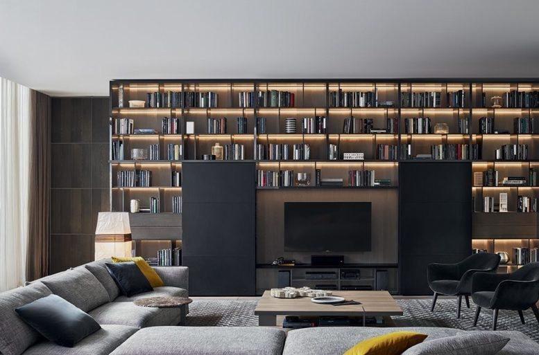Il complesso, a spalle portanti, è rappresentato da piani e montanti spessi 35 mm che donano un aspetto solido e uniforme.