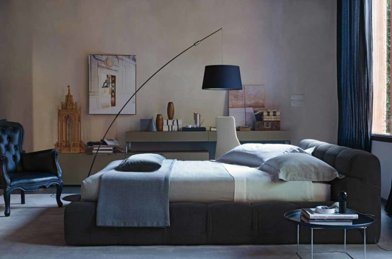 Letto matrimoniale Tufty-bed B&B Italia