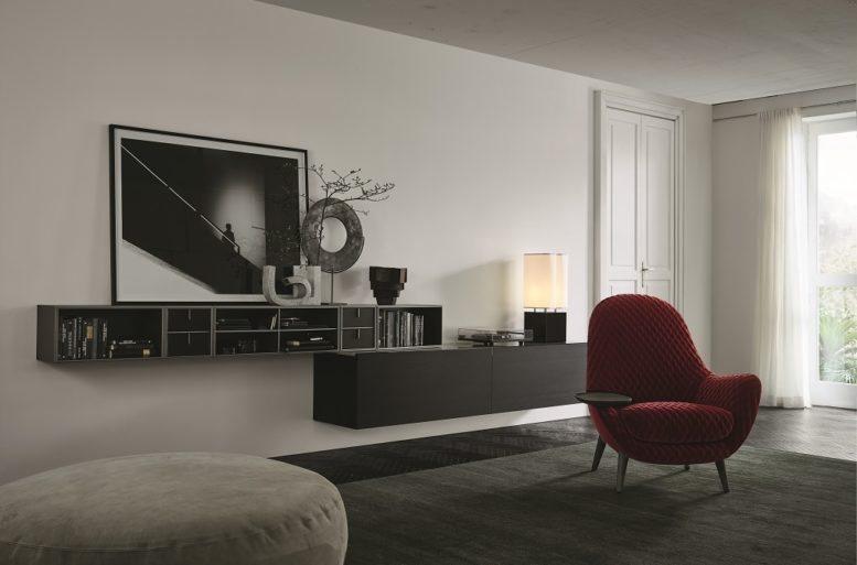 Un esperimento di modernità nella parete attrezzata del soggiorno. Libreria Poliform Quid