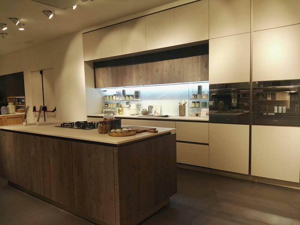 Novit veneta cucine salone 2018 ballarini interni for Arredo3 o veneta cucine